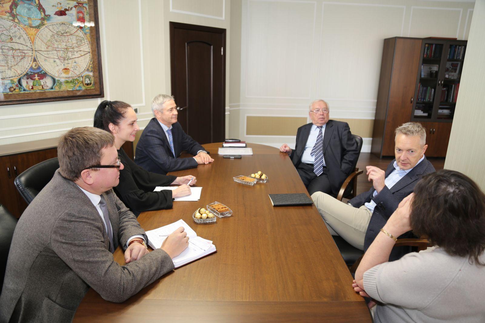 В офисе ПКР состоялась рабочая встреча В.П. Лукина, П.А. Рожкова, А.А. Строкина и независимого международного эксперта ВАДА г-на Питера-Ричарда Николсона