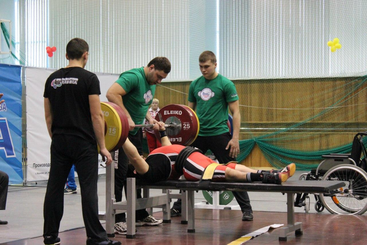 4 рекорда России было установлено на чемпионате страны по пауэрлифтингу спорта лиц с ПОДА в Алексине