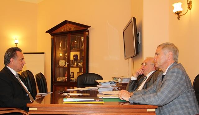 В Минспорте России состоялась рабочая встреча В. Л. Мутко с В. П. Лукиным и П. А. Рожковым по вопросам развития паралимпийского движения в России