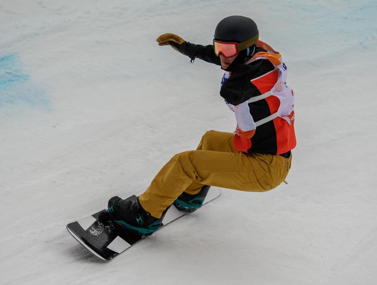 Михаил Слинкин завоевал 1 серебряную и 1 бронзовую медали на финальном этапе Кубка мира по парасноуборду в Швеции