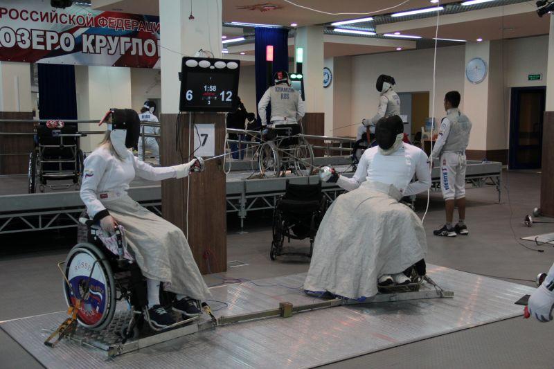Российские спортсмены вступают в борьбу за награды первенства мира по фехтованию на колясках в Польше