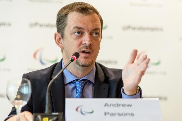 Президент Международного паралимпийского комитета Эндрю Парсонс приветствовал  решение Теннисной ассоциации США (USTA), которая пересмотрела свое решение не включать теннис на колясках в Открытый Чемпионат США по теннису  этого года