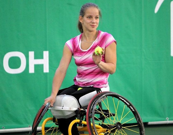 Россиянка Виктория Львова выступит на международном турнире по теннису на колясках в Швеции