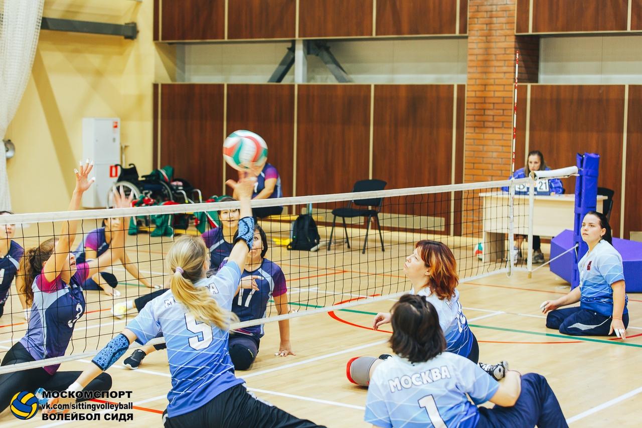 Мужская сборная Свердловской области и женская сборная Москвы вновь стали победителями чемпионата России по волейболу сидя