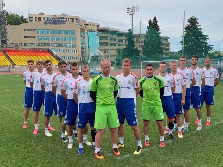 Сборная команда России по футболу с ЦП прибыла в Испанию для участия в чемпионате мира