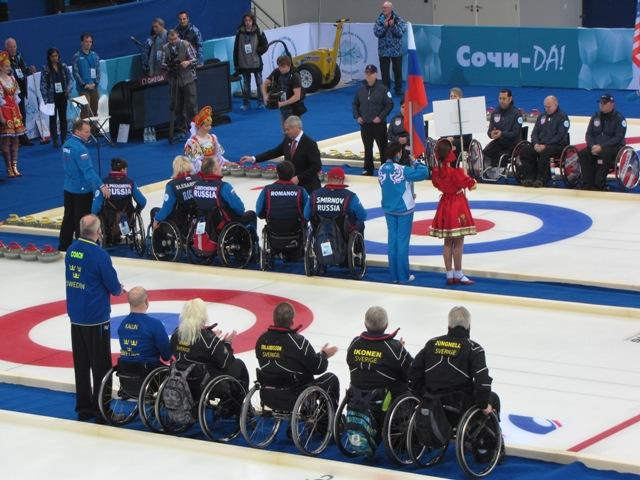В г. Сочи стартовал чемпионат мира по керлингу на колясках - тестовое соревнование для подготовки и проведения Паралимпийских зимних игр 2014 года в Сочи