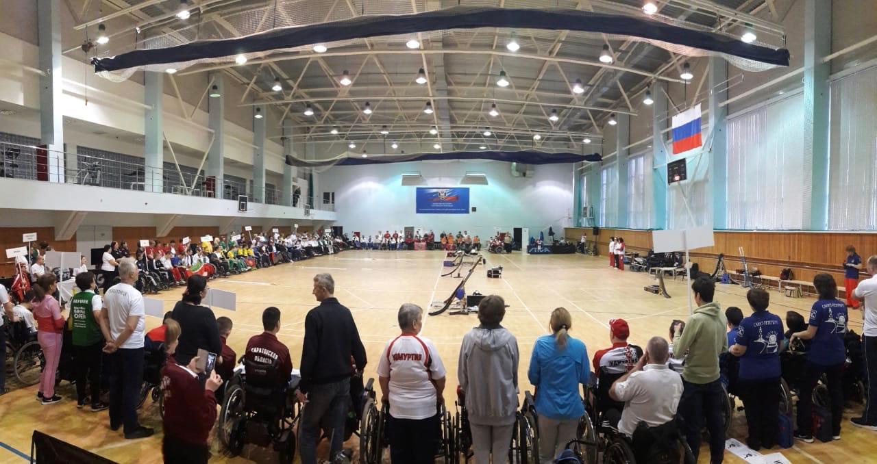 Около 100 спортсменов принимают участие в национальном чемпионате по бочча в Алексине
