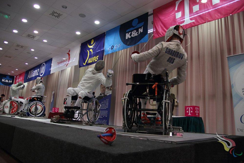 19 российских спортсменов в Польше поведут борьбу за медали Кубка мира по фехтованию на колясках