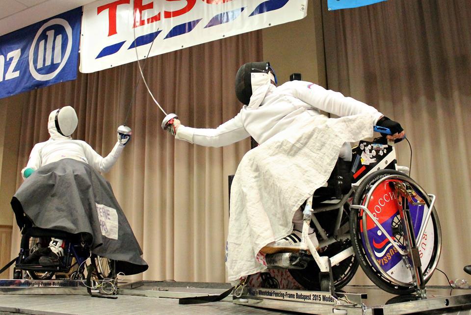 Российские спортсмены вступают в борьбу за награды на чемпионате мира по фехтованию на колясках в Италии