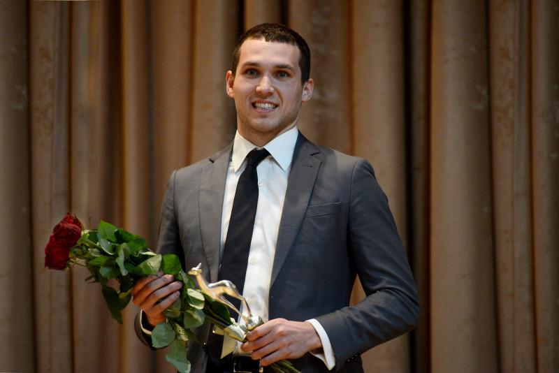 Дениса Тарасова наградили премией Федерации спортивных журналистов России «Серебряная лань»