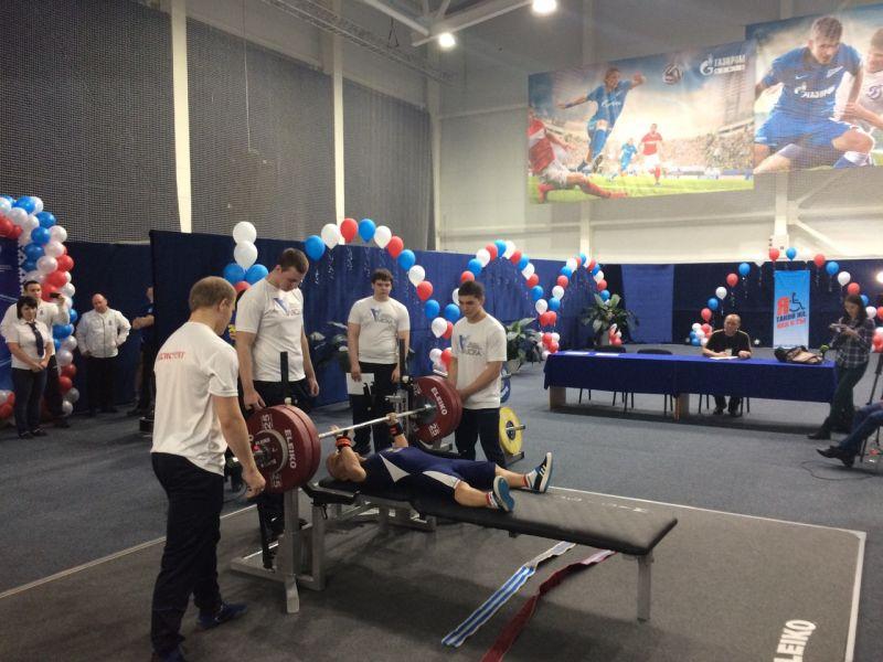 В г. Курске сильнейшие спортсмены страны поспорят за награды чемпионата России по пауэрлифтингу спорта лиц с ПОДА