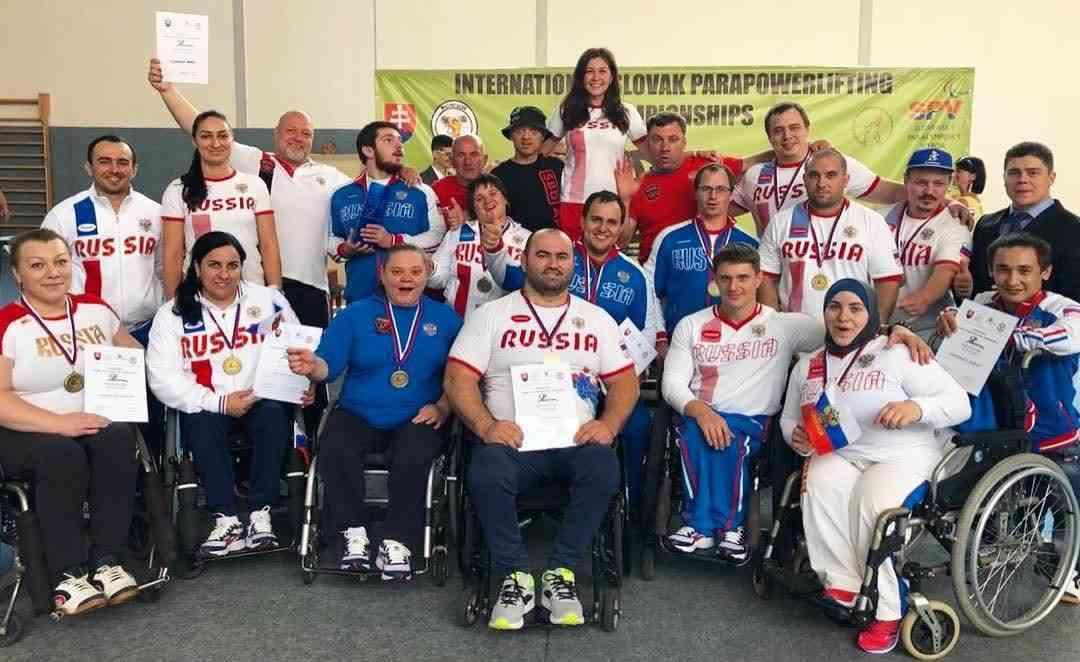 13 золотых и 2 серебряные медали завоевали российские пауэрлифтеры на международном турнире в Словакии
