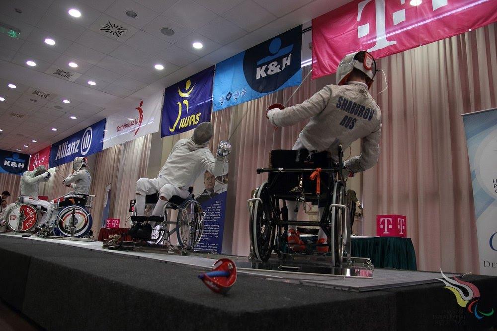 Российские фехтовальщики на колясках принимают участие в чемпионате Европы в Италии