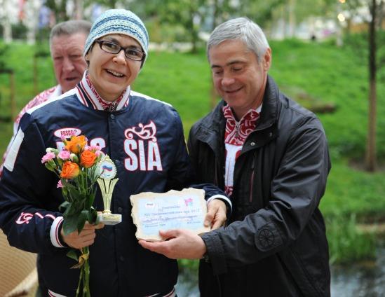 Рано утром ,2 сентября,  в Паралимпийской деревне в Лондоне  П.А. Рожков  провел  чествование победителей и призеров Игр-2012, которые отличились накануне
