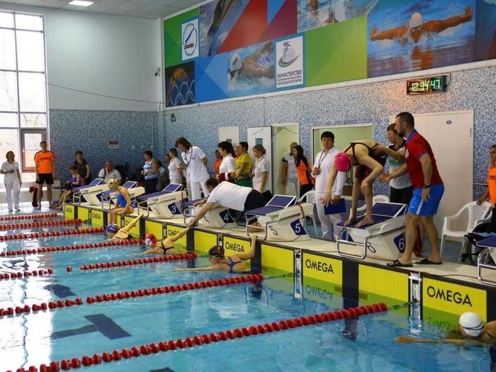 Московские пловцы выиграли общекомандный зачет чемпионата России по плаванию спорта лиц с ПОДА в Краснодаре