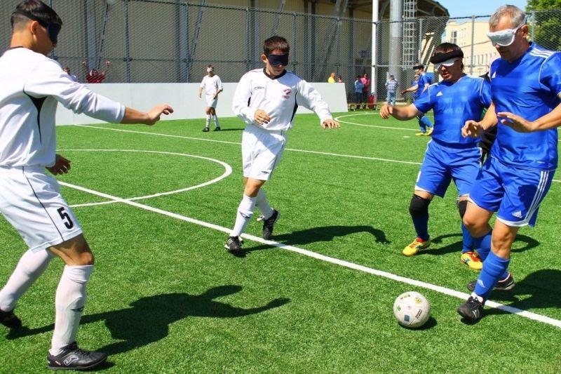 Сборная команда России по мини-футболу 5х5 класс В1 (тотально-слепые спортсмены) принимает участие в международных соревнованиях в Японии