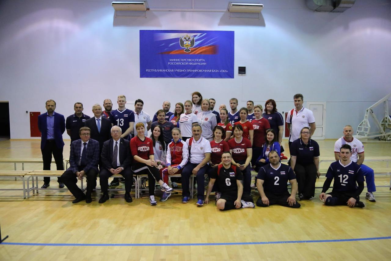 Сборные команды России по волейболу сидя прибыли в Венгрию для участия в чемпионате Европы