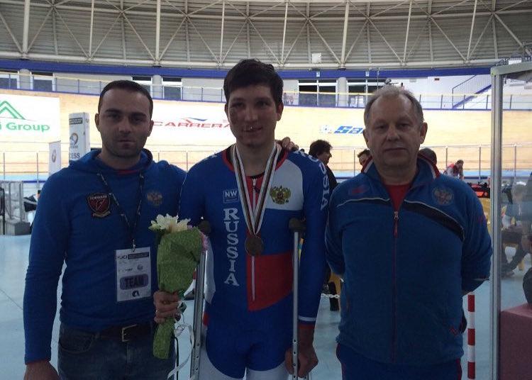 Арслан Гильмутдинов завоевал бронзу на стартовавшем чемпионате мира по велоспорту на треке в Италии