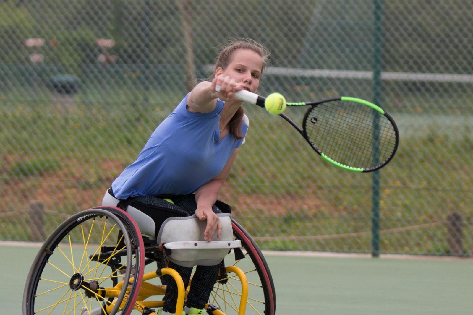 Российские спортсмены принимают участие в командном Кубке мира по теннису на колясках в европейской зоне в Португалии