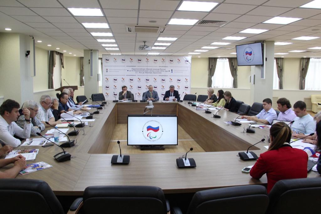 П.А. Рожков в офисе Паралимпийского комитета России провел заседание Бюро рабочей группы по подготовке паралимпийских сборных команд России к участию в XV Паралимпийских летних играх 2016 года в г.Рио-де-Жанейро (Бразилия)