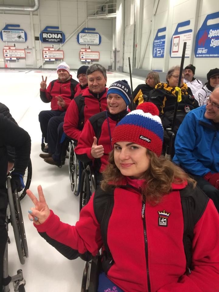 Сборная России по керлингу на колясках ведет борьбу за медали престижного международного турнира XI Canadian Open