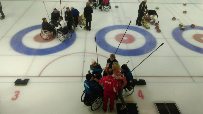 Сборная команда России по керлингу на колясках примет участие в международных соревнованиях в Финляндии