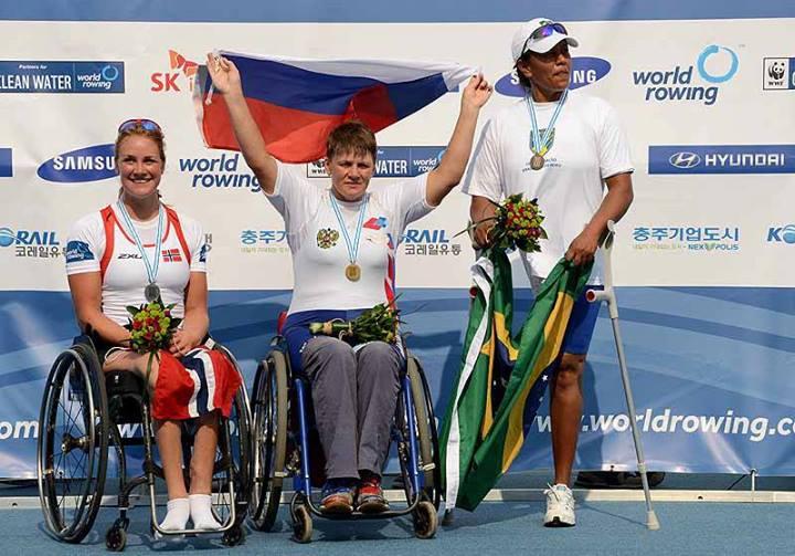 Российские спортсмены с поражением опорно-двигательного аппарата на чемпионате  мира по  академической гребле завоевали 1 золотую и 1 бронзовую награды