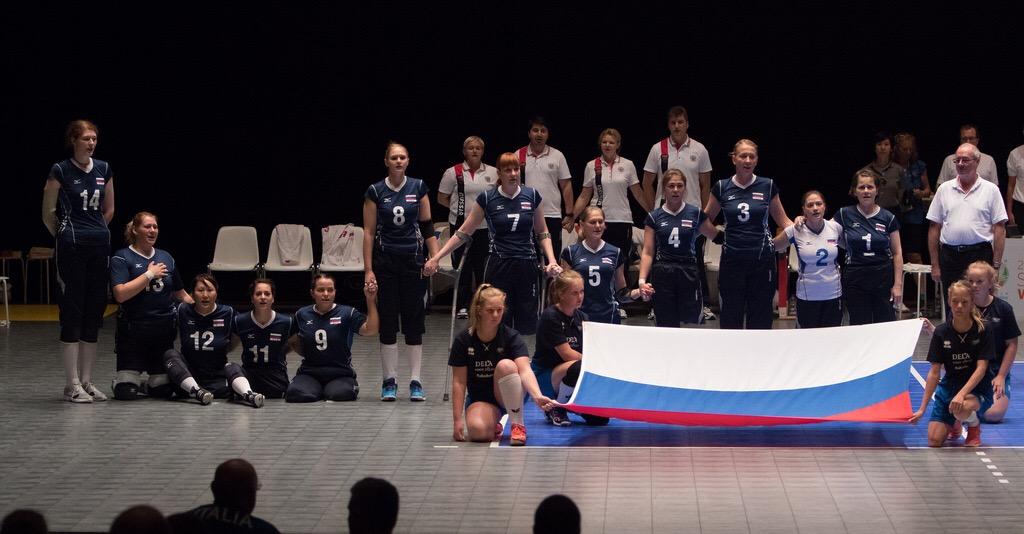 Женская сборная команда России по волейболу сидя впервые завоевала титул чемпиона мира