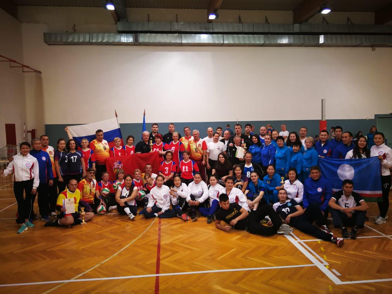 Мужская сборная Свердловской области и женская сборная Москвы вновь завоевали титулы чемпионов России по волейболу сидя