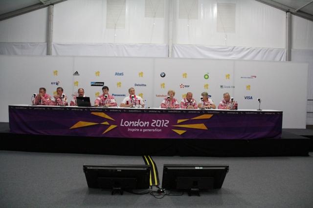 П.А. Рожков в Паралимпийской деревне в Лондоне провел рабочее совещание с членами спортивной делегации России на XIV Паралимпийских летних играх