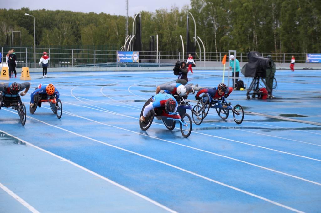 На базах УТЦ «Новогорск» и «Озеро Круглое» завершился первый день открытых Всероссийских соревнований по видам спорта, включенным в программу Паралимпийских игр