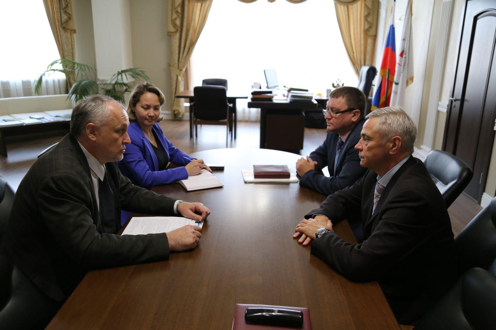 П.А. Рожков провел рабочую встречу с генеральным директором РУСАДА Ю.А. Ганусом