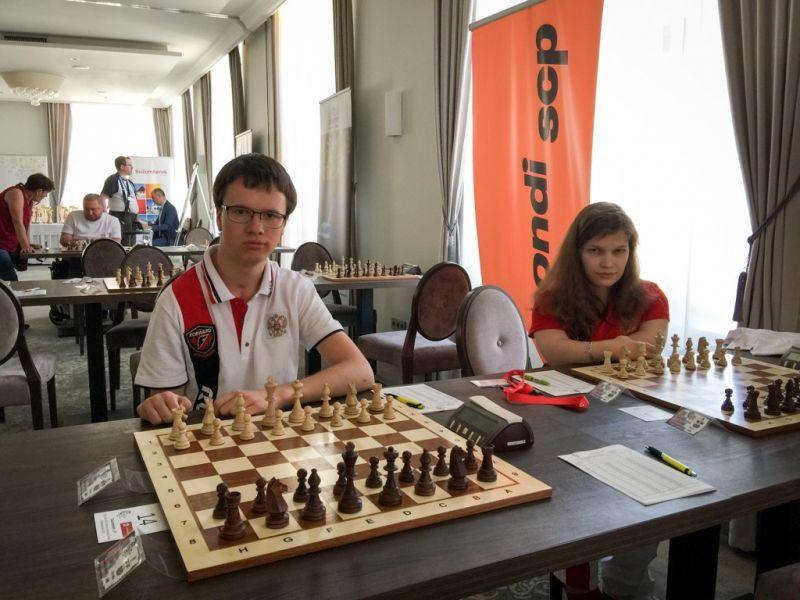 Российские шахматисты завоевали две золотые медали на чемпионате мира в Словакии