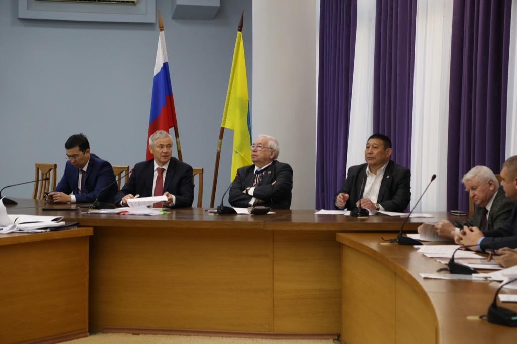 В.П. Лукин в г. Элисте (Республика Калмыкия) провел заседание Исполкома ПКР