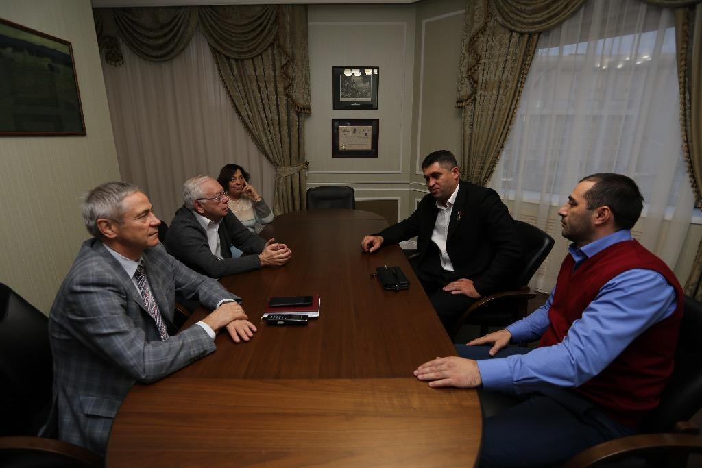 В.П. Лукин, П.А. Рожков в офисе ПКР провели рабочую встречу с Р.М. Нальгиевыем и Х.Б. Нальгиевым