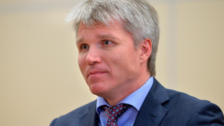 Министр спорта РФ П.А. Колобков поздравил Л.Н. Селезнева с 80-летним Юбилеем
