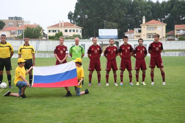 Сборная команда России по футболу лиц с заболеванием церебральным параличом вышла в полуфинал чемпионата Европы в Португалии
