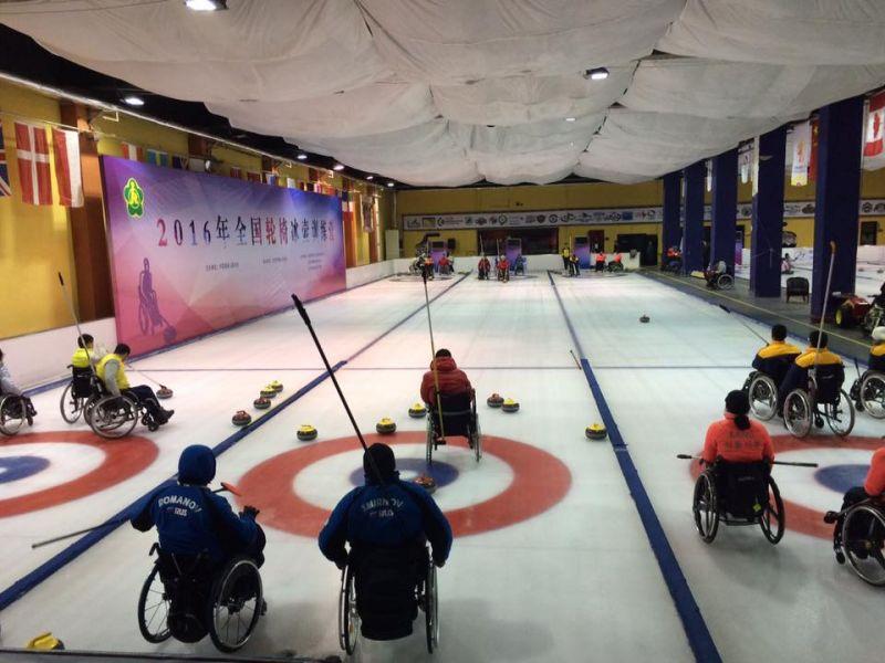 Сборная команда России по керлингу на колясках в экспериментальном составе приняла участие в международном турнире в Южной Корее