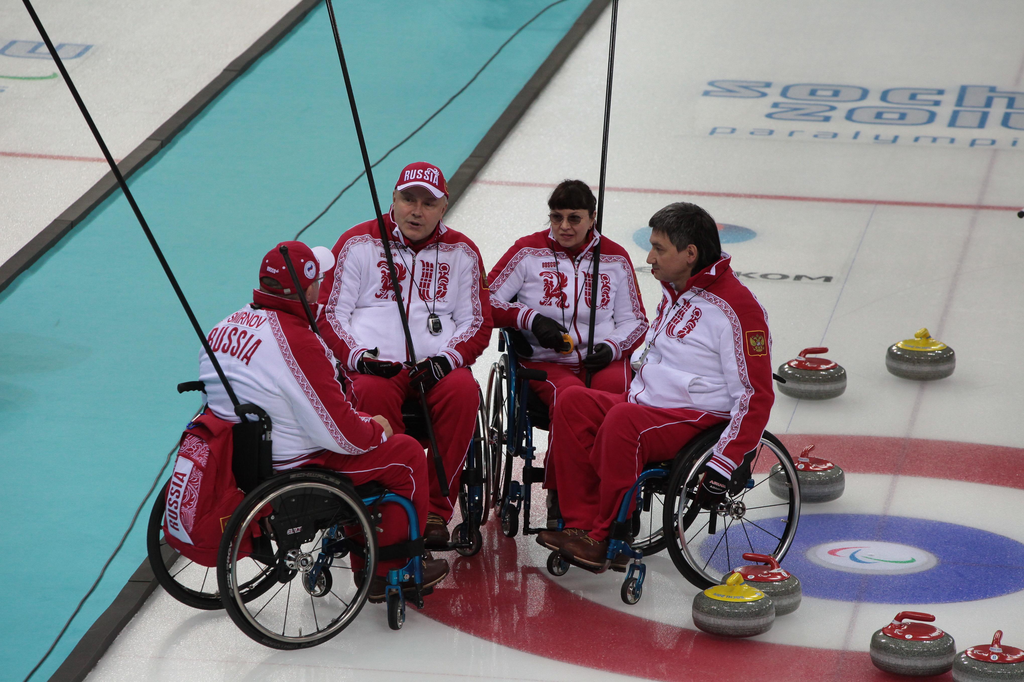 Сборная России по керлингу на колясках стала серебряным призером XI Паралимпийских зимних игр в г. Сочи