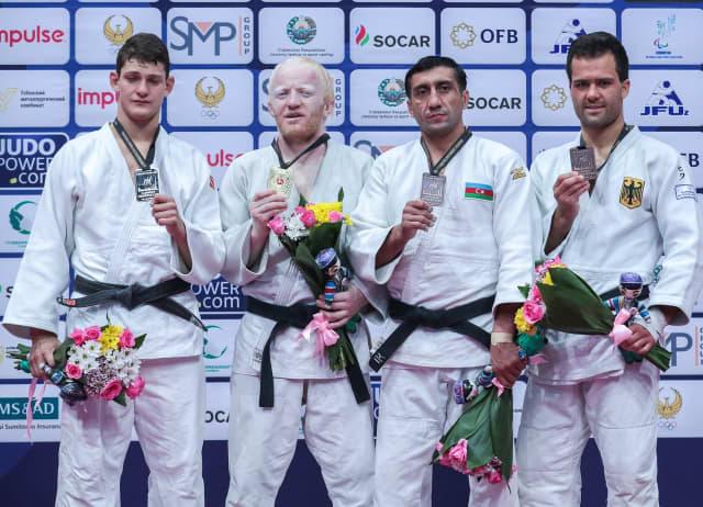 1 золотую, 1 серебряную и 3 бронзовые медали завоевала сборная команда России по дзюдо спорта слепых на гран-при в Узбекистане