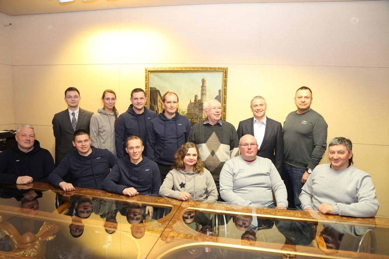 В Международном аэропорту Внуково состоялась встреча руководства ПКР со спортсменами, тренерами и специалистами по керлингу на колясках перед выездом на заключительные тренировочные мероприятия в преддверии ПИ-2018