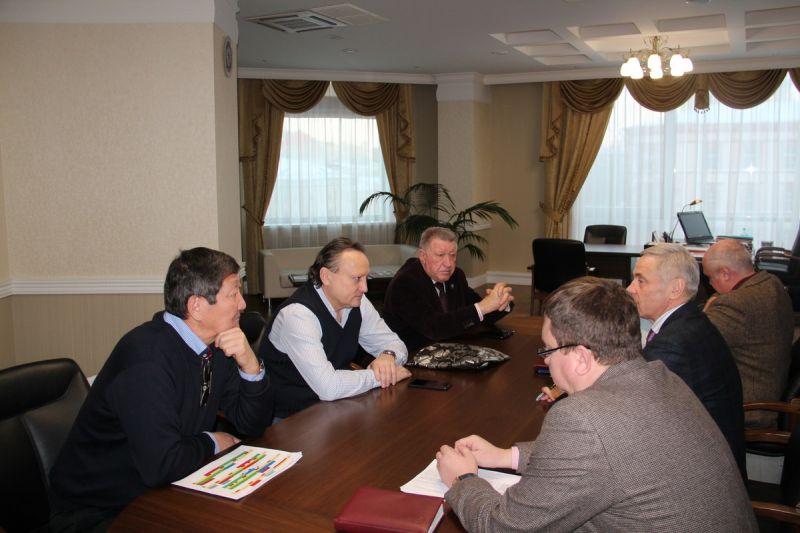 П.А. Рожков в офисе ПКР провел рабочее совещание с президентом Российской федерации стрельбы из лука В.Н. Ешеевым