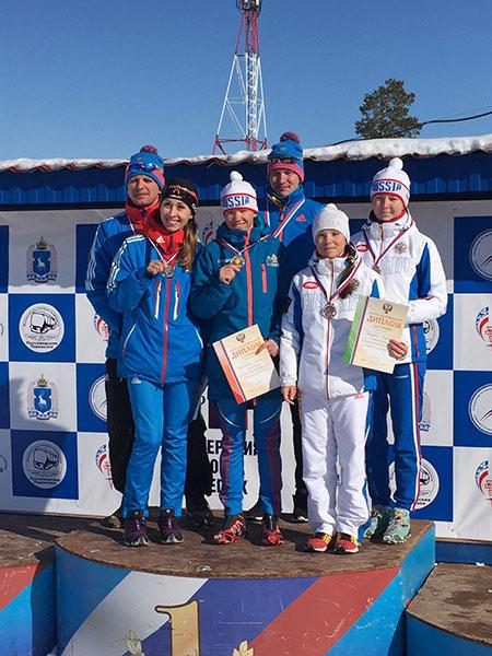 Михалина Лысова завоевала две золотые медали на чемпионате России по лыжным гонкам и биатлону среди спортсменов с нарушением зрения