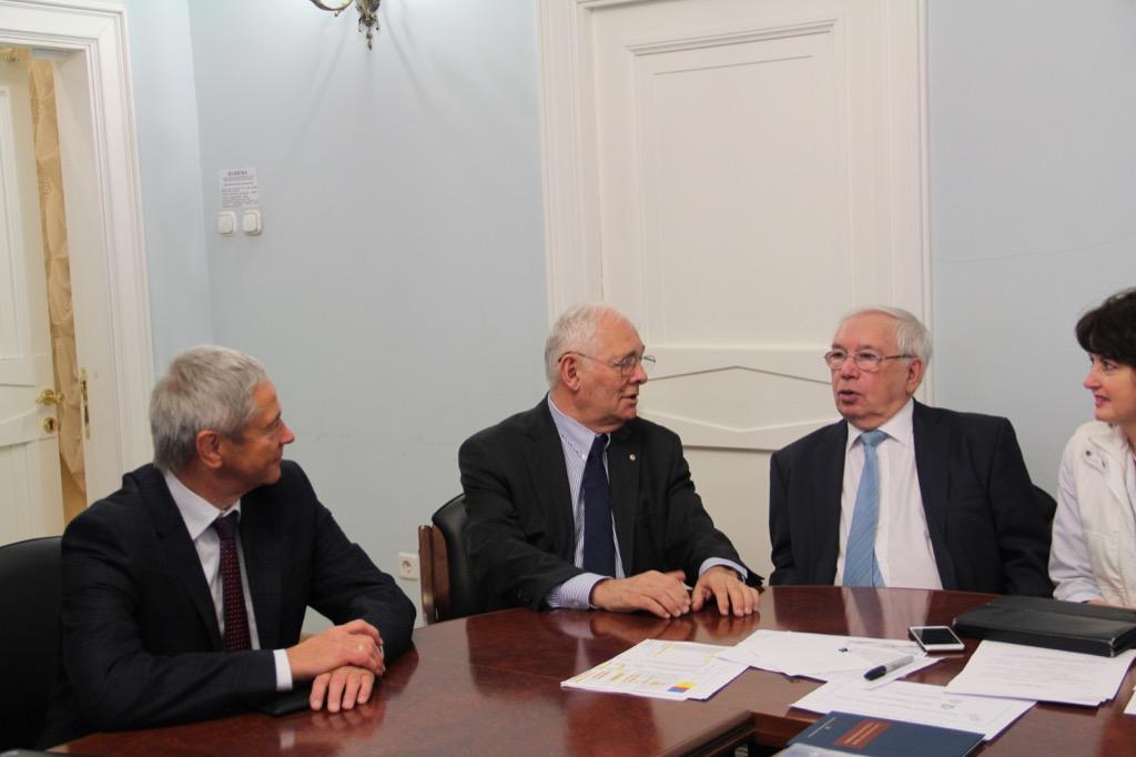 В.П. Лукин, П.А. Рожков в НИИ неотложной детской хирургии и травматологии встретились с Президентом НИИ Л.М. Рошалем