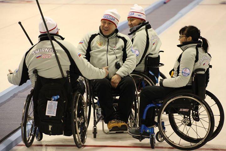 Сборная команда России по керлингу на колясках без единого поражения завершила групповой этап чемпионата мира в Финляндии