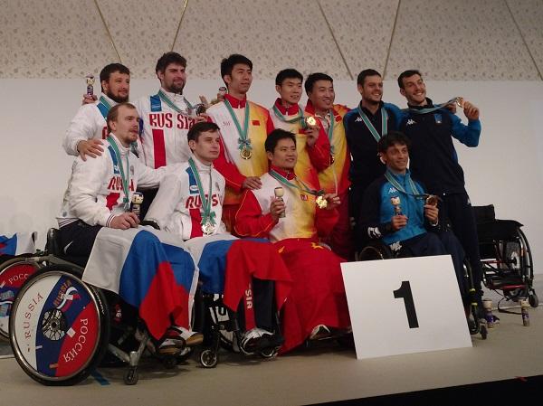 Сборная команда России по фехтованию на колясках завоевала 4 золотые, 2 серебряные и 5 бронзовых медалей на этапе Кубка мира в Японии
