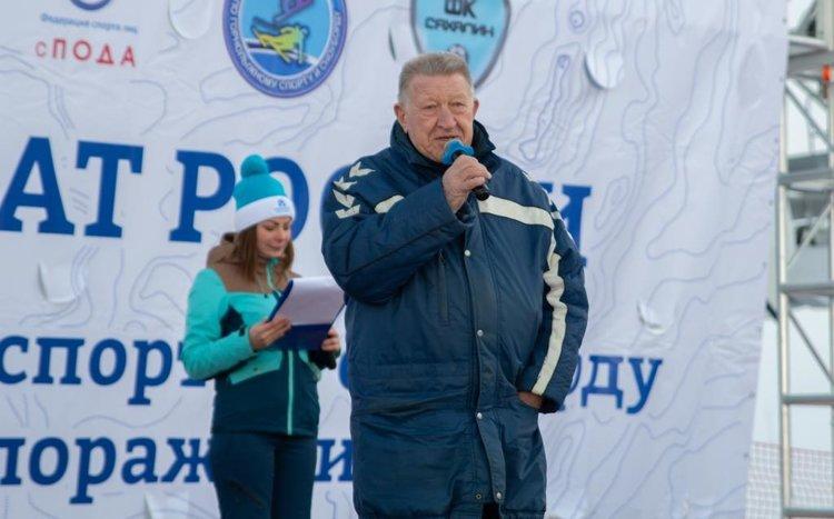Л.Н. Селезнев принял участие в церемонии открытия чемпионата России по горнолыжному спорту ПОДА и парасноуборду