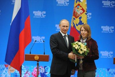 Владимир Путин в г. Сочи встретился с чемпионами и призерами XI Паралимпийских зимних игр 2014 г. и вручил им государственные награды РФ