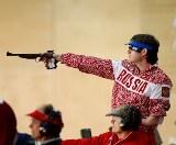 В первый соревновательный день чемпионата Европы по пулевой стрельбе  спорта лиц с поражением опорно-двигательного аппарата в Испании российские стрелки  завоевали золотую медаль, установив рекорд мира и Европы