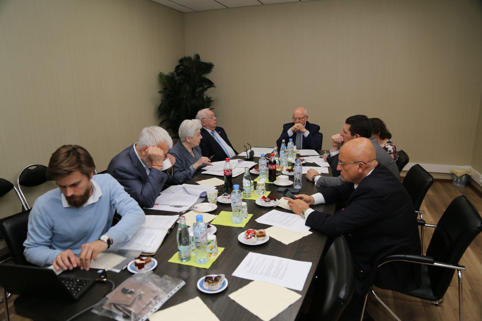 В офисе Паралимпийского комитета под руководством В.П. Лукина состоялось заседание членов Фонда «Увековечения памяти жертв политических репрессий»